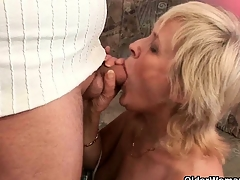 Offload your cock on grandma