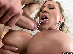 After receiving an irritant licking, this hot MILF sucks a big flannel