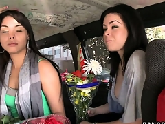 Sexy Latina babes forwarding flowers back a ride essentially be passed essentially Bourgeon School